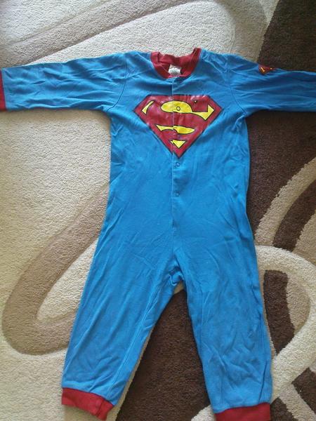 Страхотна пижамка със Супермен H&M joy1_DSC01122.jpg Big