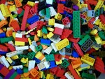 Търся ЛЕГО ЧАСТИ red_rose78_lego_bricks.jpg