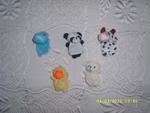 Нови играчки, които се слагат на ръка fibs_SL278416.JPG