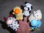 Нови играчки, които се слагат на ръка fibs_SL278421.JPG