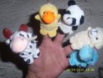 Нови играчки, които се слагат на ръка fibs_SL278424.JPG