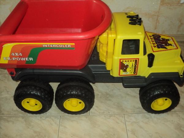 Огромен камион Rodeo на ф-ма Pilsan идеална играчка за вила или сели chokoni_DSC01004.JPG Big