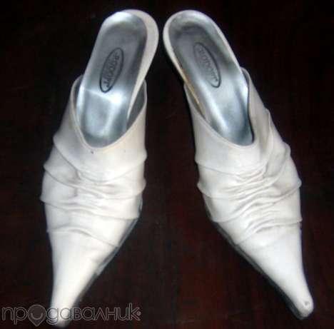 Страхотни бели чехли! dessi101_19918175_1_585x461.jpg Big