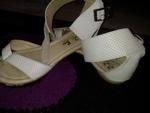 чудесни сандалки в бяло и златисто mimito8_24438621_1_800x600.jpg