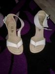 чудесни сандалки в бяло и златисто mimito8_24438621_2_800x600.jpg