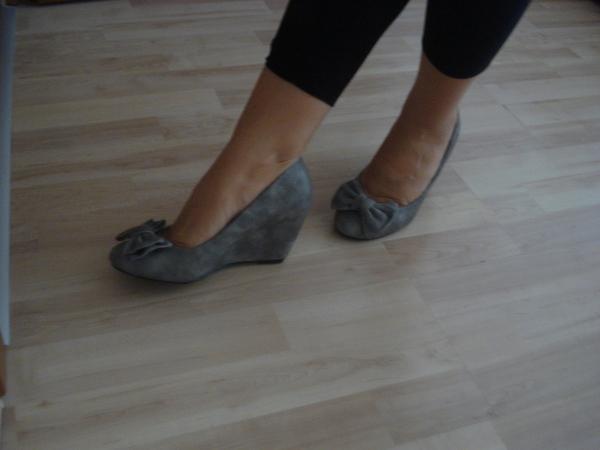 затворени обувки с панделка sarina_DSC02741.JPG Big