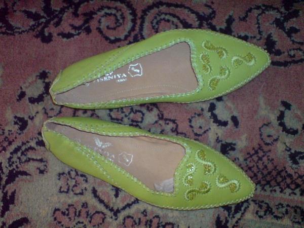 Чисто нови удобни зеленакави обувки №38. toni69_DSC05533_Custom_.JPG Big